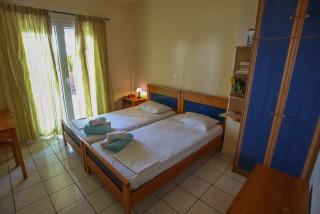gallery garbis villas double bed