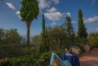gallery garbis villas garden view