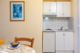 garbis villas studio kitchenette