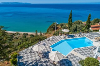 location garbis villas in kefalonia