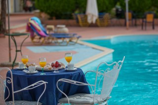 pool bar gabris villas breakfast